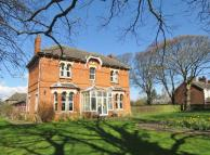 6 bed Detached house for sale in Chesterfield Road...