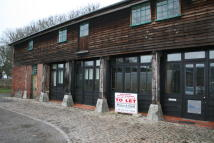 property to rent in The Maltings, School Lane,