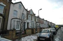 2 bedroom Flat in Daleview Road Stamford...