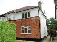 Maisonette to rent in Meadow Road, Pinner