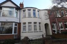 2 bedroom Flat to rent in Park Road, Town Centre