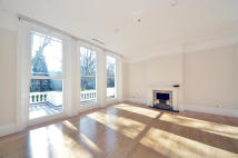 Flat for sale in Courtfield Gardens...