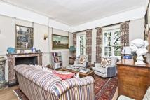 Flat for sale in Ladbroke Gardens...