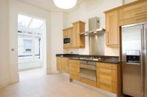 3 bed Ground Flat to rent in Stanhope Gardens...