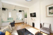 Ground Flat for sale in Park Walk, London. SW10