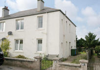2 bedroom Flat in 44 Merryton Crescent...
