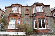 4 bed property in Ravenscourt Gardens...
