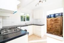 Flat to rent in Darwin Road, South Ealing