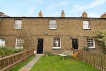 3 bedroom house to rent in Castlenau Row, Barnes