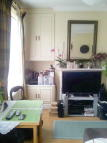 Studio flat in Biscay Road, London, W6