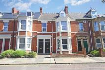 Flat to rent in Forsyth Road...