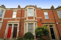 3 bedroom Flat in Ashleigh Grove...