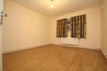 3 bedroom Flat to rent in Melford Road, London, E6