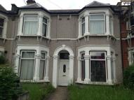 1 bed Flat to rent in Northbrook Road...