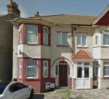 3 bed Terraced property to rent in Thorold rd...