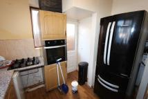 3 bed Terraced house to rent in Southdown Crescent...