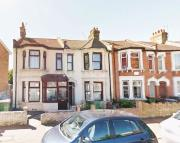 Flat to rent in Rectory Road, London