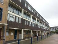 3 bed Flat for sale in Lawrence Close, London E3