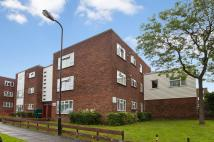 4 bed Flat in Radbourne Crescent...