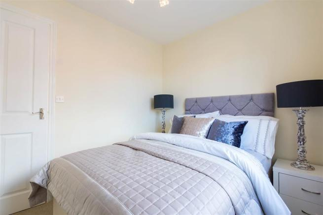 Doulton-Brook - bedroom 2 - apartment-show-home-26