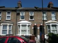 Salop Road Terraced property to rent