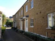Town House to rent in Carlyle Mews, London E1