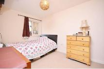2 bed Flat in Belton Way, London E3
