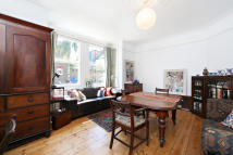 1 bedroom Flat in Cleveland Avenue...