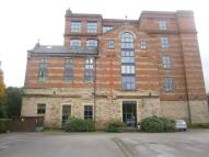 Apartment to rent in Brookmill  Bromley Cross