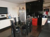 Town House to rent in Railway Street, Newhey