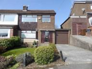 3 bed semi detached home in Oakfield Road, Hadfield...