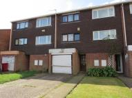 Town House in Grampian Way, Slough, SL3