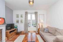 Flat for sale in Elvin House...