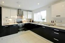 4 bed new house for sale in Pennycross Close...