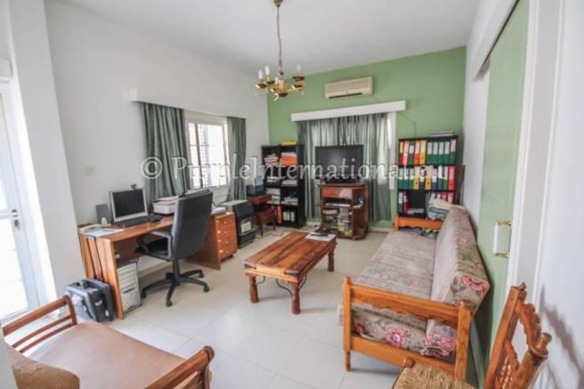 Apartment/Lounge