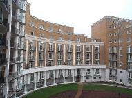 2 bedroom Flat in Elizabeth Court...