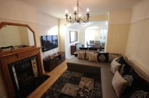 3 bed semi detached house to rent in Popes Lane, Ealing...
