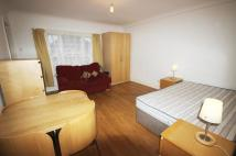 Studio apartment to rent in Windsor Road, Ealing...