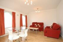 2 bedroom Flat to rent in Grange Road, London W5