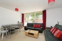 3 bed Maisonette in Surrey Lane, London, SW11