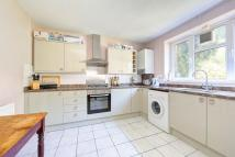 3 bed Flat to rent in Spencer Park, London...