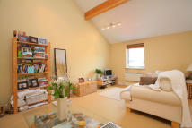 ENDLESHAM ROAD Studio flat