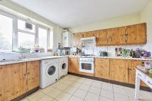 Flat to rent in SPENCER PARK, London...