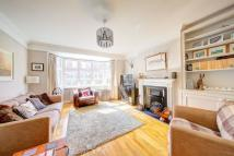 4 bed Town House to rent in Waldron Road, London...