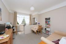 1 bedroom Flat in Balham High Road, London...