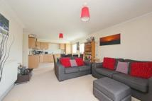 2 bed Apartment to rent in Balham High Road, London...