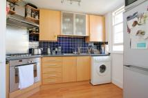 Flat to rent in ABBEVILLE ROAD, London...