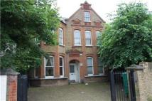 Studio apartment to rent in BALHAM HIGH ROAD, London...