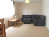 Flat to rent in LITTLE DIMOCKS, London...