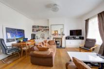 2 bed Flat to rent in BEDFORD HILL, London...